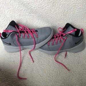 Nike Hyperfresh